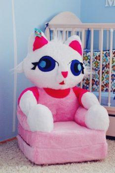 Plüss babafotel - rózsaszín cica